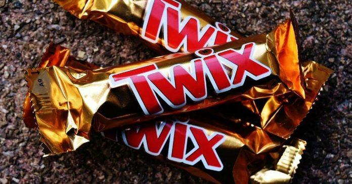 chocolate bars reduce heart failure