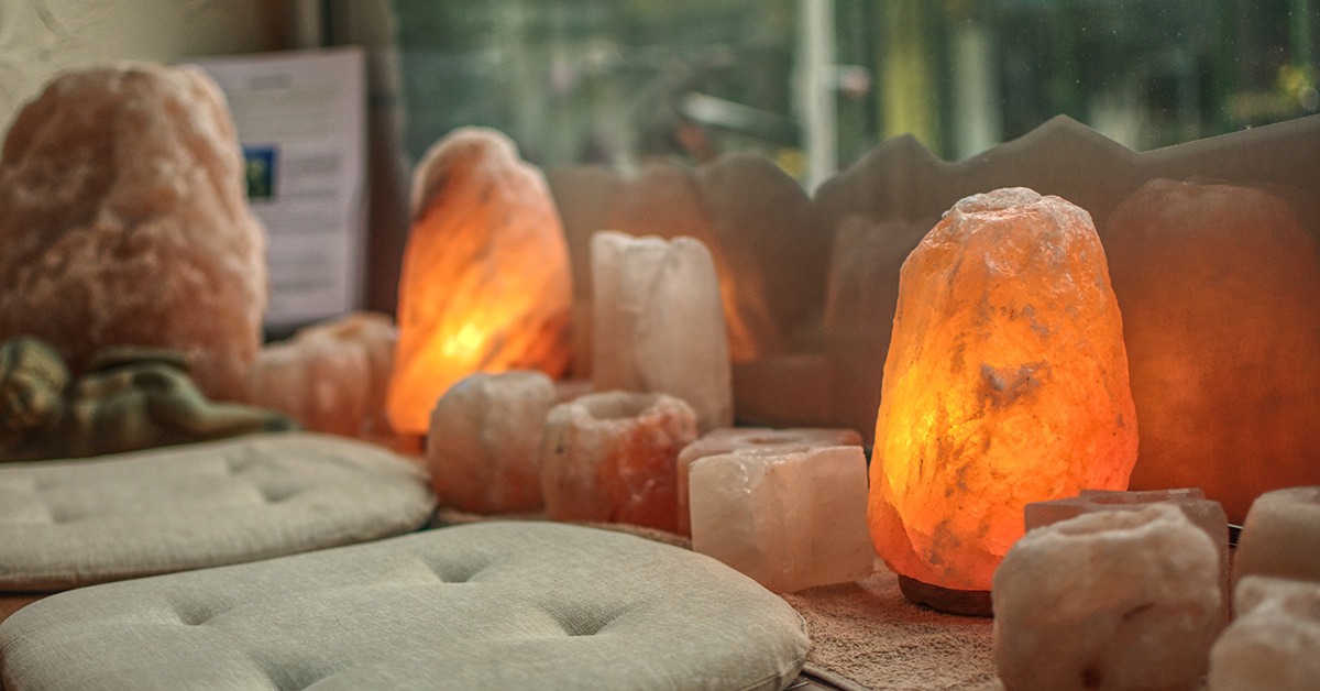 Why Everyone Should Have A Himalayan Salt Lamp In Their Home