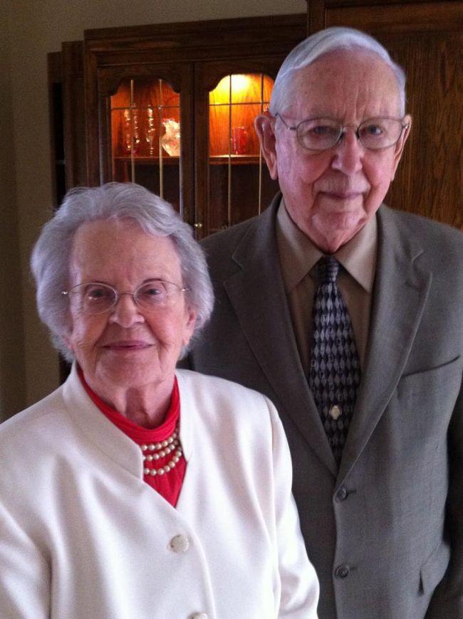 elderly couple single casket