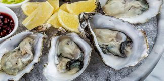 man dies eating raw oysters